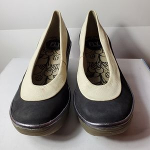Fly London Size 36 two toned leather wedge